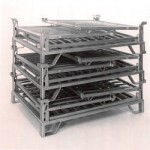 Collapsible stackable